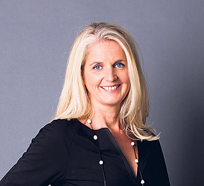 Portraitbild Gabi Helfenstein, Verkaufsleiterin von MoneYou
