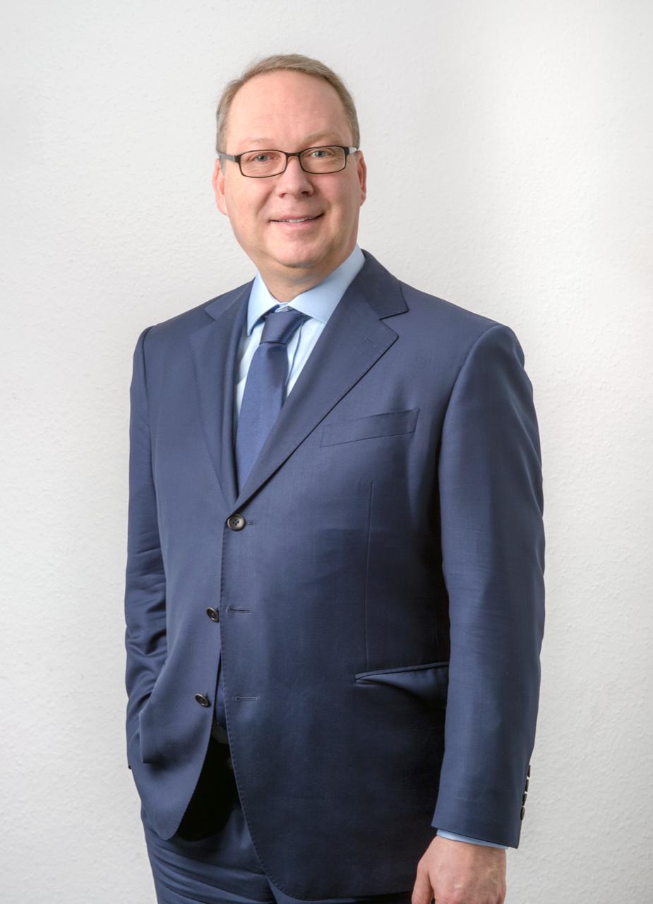 Porträt: Prof. Dr. Max Otte