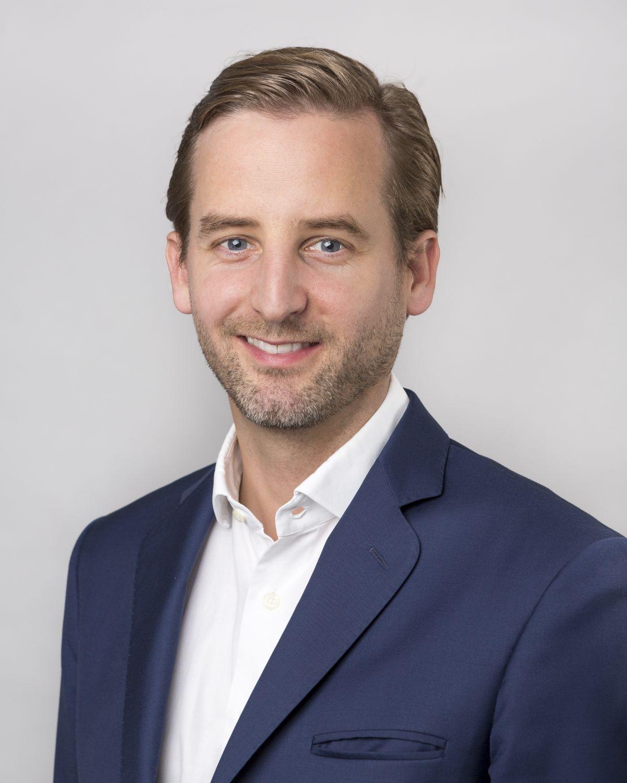 Porträt Dr. Richard Heuser